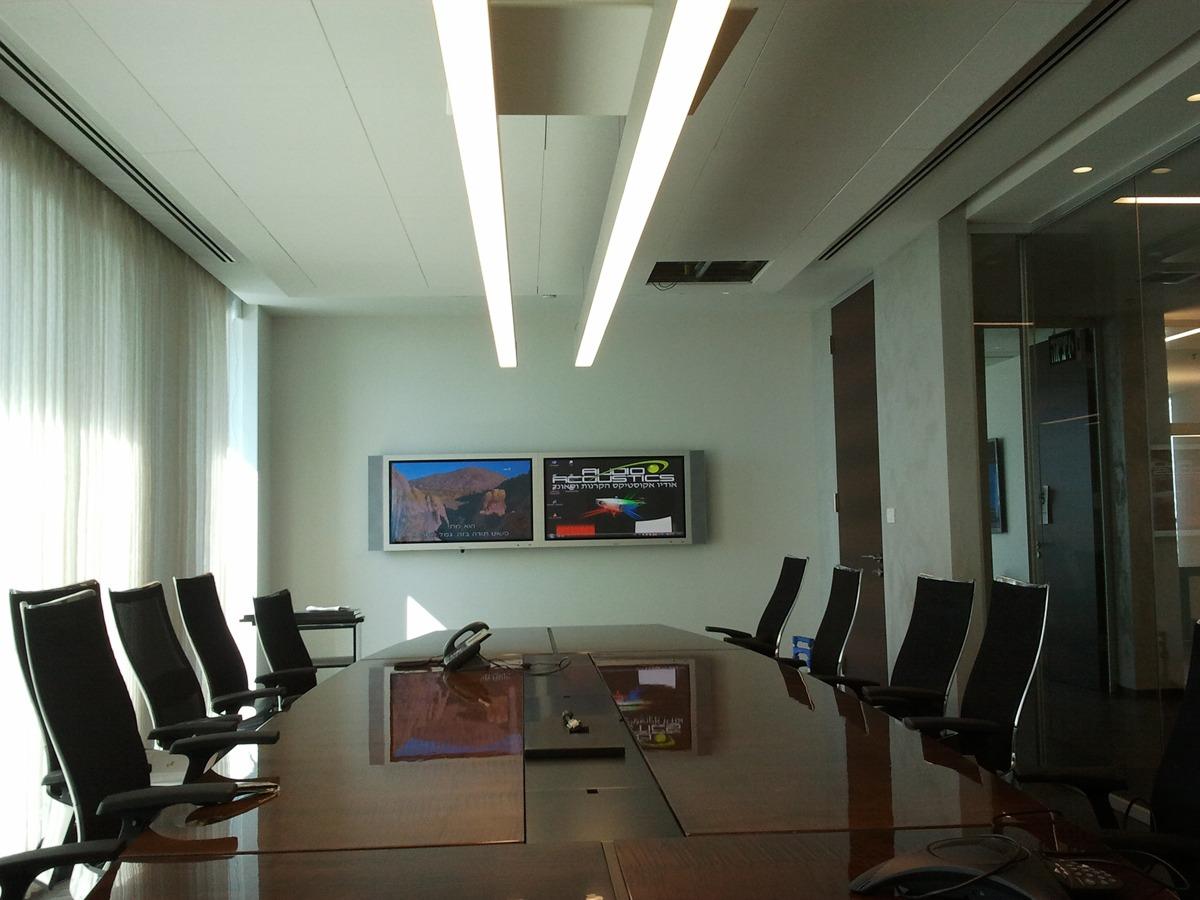 התקנת 2 טלוויזיות במשרד של לקוחותינו